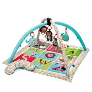 お子さまが興味を示しやすい大きめのおもちゃが5つも付いたプレイマット。お部屋のインテリアを邪魔しない...