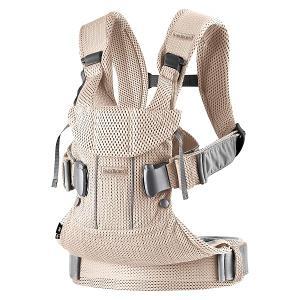 ・メッシュ素材だけで作られ優れた通気性 ・新生児から約3歳まで使えます ・4通りの抱っこ、おんぶが楽...