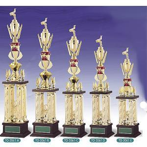トロフィー、優勝カップ 文字彫刻無料 4本柱トロフィー TO3061A akai-tropfy