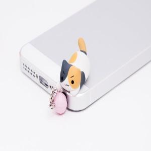 iphone5用とびつきにゃんこ イヤフォンジャック  ジャンプ「三毛」/ ピンクカンパニー AKBH|akhb