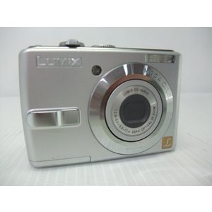 [仕様] ●カメラ有効画素数:720万画素 ●撮像素子:1/2.5型CCD 総画素数738万画素 原...