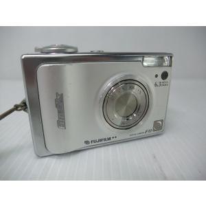 [仕様] ●カメラ有効画素数:630万画素 ●撮像素子:1/1.7型スーパーCCD ハニカムHR 原...