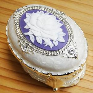 オルゴール付 宝石箱 小判型オルゴールホワイト  akoorgel