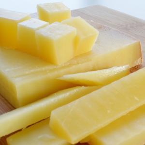 コンテ チーズ 約1kg前後 フランス産  ナチュラルチーズ  クール便発送 COMTE Cheese|akt8|04