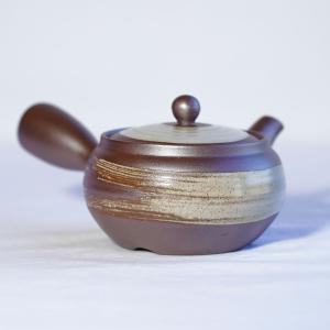 和食器 急須 人気 回る 使いやすい 日本製 新回転急須 ステンレス製の固定式茶こしアミ付 平形万古...