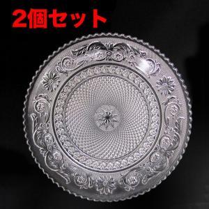 装飾が美しいアラベスクシリーズに中皿のパンやケーキなどの取り分け皿にも最適なプレートが新入荷しました...