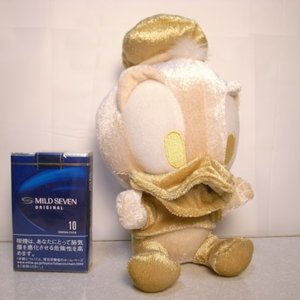 ドナルドダック ベビーぬいぐるみ 金 ゴールド 約18cm ディズニー xbfp27【中古】|alice-sbs-y