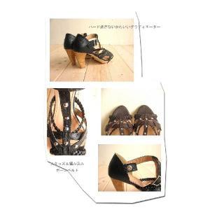 三つ編み×スタッズ コルクヒールがオシャレなグラディエータサンダル(ブーツサンダル)送料無料|alice-shoes|03