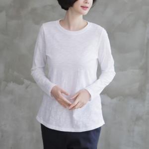 トップス レディース 40代 50代 60代 ファッション おしゃれ 女性 上品  黒  白  グレー Tシャツ 後部切開 Tシャツ 丸首 無地 冬 ミセス|alice-style
