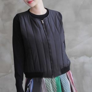 ベスト レディース 大人 ハーフ丈 ジップアップ 2018 秋冬 冬 50代 40代 ファッション 女性 黒 カーキ 緑|alice-style
