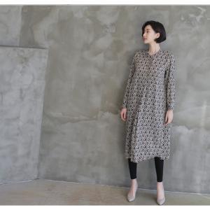 ワンピース レディース 40代 50代 60代 ファッション 女性 上品  黒 柄 長袖 ロング丈 ロングワンピース 春 ミセス きれいめ 大きいサイズ alice-style 08