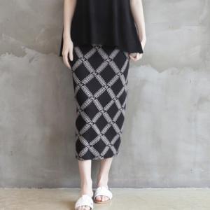 スカート レディース 40代 50代 60代 ファッション 女性 上品  黒 ベージュロング丈 柄 きれいめ 春 ミセス|alice-style