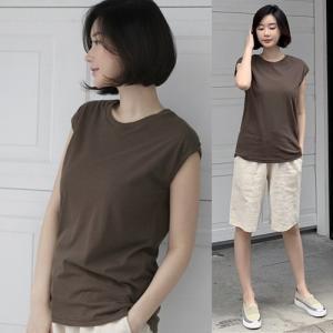 Tシャツ レディース 40代 50代 60代 ファッション 女性 上品  黒 白 赤 茶色 グレー カーキ 緑 カーキ 緑トップス 無地 ノースリーブ 春 ミセス|alice-style