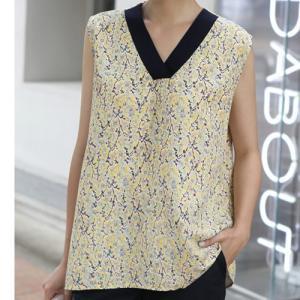 ブラウス レディース 大人 40代 50代 60代 ファッション おしゃれ 女性 上品 イエロー 黄色 Vネック ノースリーブ トップス 春夏 ミセス|alice-style