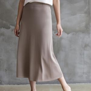 スカート レディース 大人 40代 50代 60代 ファッション おしゃれ 女性 上品 黒 ベージュ ロング丈 きれいめ 無地 ロングスカート 春夏 ミセス|alice-style