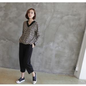 ブラウス レディース 40代 50代 60代 ファッション おしゃれ 女性 上品  ベージュ Vネック 幾何学模様 柄 長袖 秋 ミセス|alice-style|12