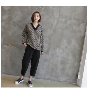 ブラウス レディース 40代 50代 60代 ファッション おしゃれ 女性 上品  ベージュ Vネック 幾何学模様 柄 長袖 秋 ミセス|alice-style|09