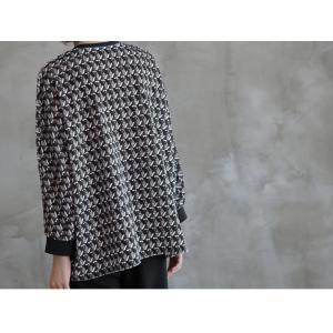 ブラウス レディース 40代 50代 60代 ファッション おしゃれ 女性 上品  黒 ゆったり 体形カバー 長袖 幾何学模様 トップス 秋 ミセス alice-style 12