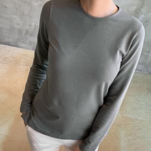Tシャツ レディース 40代 50代 60代 ファッション おしゃれ 女性 上品  黒  ベージュ  グレー  カーキ 緑 トップス 無地 長袖 きれいめ 秋 ミセス|alice-style