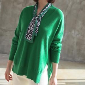 トップス レディース 40代 50代 60代 ファッション おしゃれ 女性 上品  黒  グレー 長袖 オーバル Vネック ニット 冬 ミセス alice-style