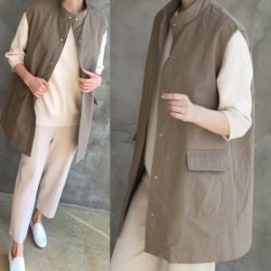 ロングベスト レディース 40代 50代 60代 ファッション おしゃれ 女性 上品  黒  ベージュ ハイネック後ろバンディング加工 無地 ミセス|alice-style