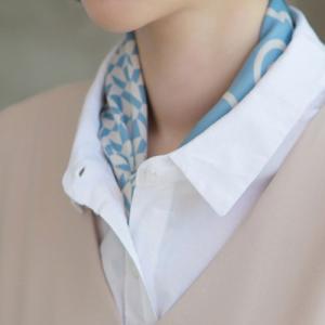 スカーフ レディース 40代 50代 60代 ファッション 女性 上品  ベージュひし形 レトロ柄 春 ミセス|alice-style