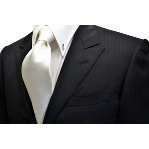 無地(縦ライン)/白のソリッド(無地)ネクタイ(少し黄色かかっています。) / 結婚式・披露宴・フォーマル・礼装/SO-001|allety-y