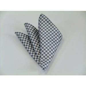 ホワイト(白)×シルバーグレー市松模様ポケットチーフ(チーフ23cm) / 結婚式・披露宴・フォーマル・礼装/PC-IT018|allety
