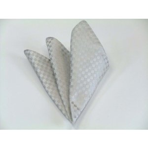 シルバーグレー結婚式用 市松模様ポケットチーフ(チーフ30cm) / 結婚式・披露宴・フォーマル・礼装/PC-IT011|allety