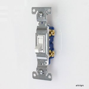 ☆COOPER アメリカンスイッチ(トグルスイッチ) 片切スイッチ 15A 120V ホワイト(白色) 1301W|alllight