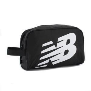 ◇ベーシックなジッパー仕様のシューズバッグ。■メーカーカラー:BK■素材:ポリエステル■サイズ:31...