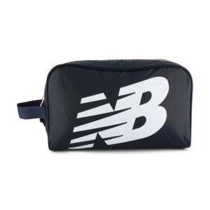 ◇ベーシックなジッパー仕様のシューズバッグ。■サイズ:31×18×12cm■素材:ポリエステル■生産...