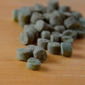 ビオナチュール(カツオ):55℃以下の低温調理で素材の栄養素そのまま!ノンオイル、ノンフライドッグフード:(お試しサンプル100g)|amanagrace|02