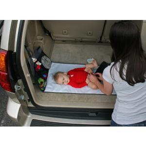 おむつ替えマット シート 防水 小物入れ 収納付きマット 持ち運びできる!旅行 お出かけに 車のシートに取り付け可能 J.L. Childress|amazing-green|06