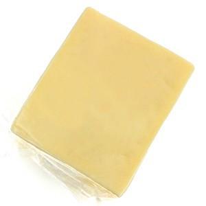 デリケートなナッツの風味があるデンマークの代表的なチーズです。サムソーの名前の由来は、ユトランド半島...