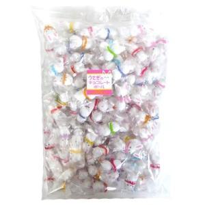 希望小売価格:1,800円(税別)  1コの個包装に直径約1cmの丸いチョコ玉が2個包装されています...