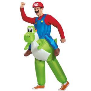 まるでマリオがヨッシーに乗っているように見える大人男性用のコスチュームです。コスチュームの中にファン...