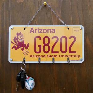 ビンテージライセンスプレート 4連キーフック アリゾナ 壁掛け ナンバープレート アメリカ インテリア雑貨|amegare