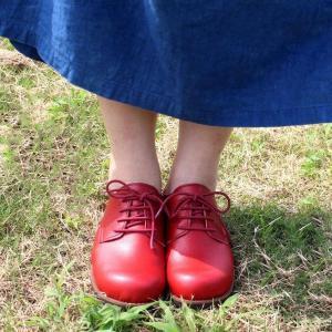 新感覚!超ふわふわインソールで毎日履きたくなる履き心地手染めならではの風合いと色の深みが持ち味安心の...
