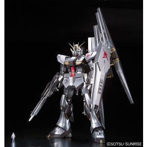 MG 1/100 ν(ニュー)ガンダム(メタリックコーティングVer.) プラモデル(再販)[バンダイ]《02月予約》|amiami