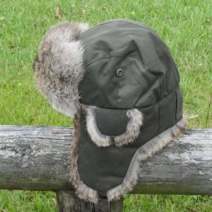 街歩きだけなら何でも良いけど アウトドアに被るなら断然 天然のウサギ毛皮 本物の防寒帽子 ホットシェル フィールダーオリーブ|ammax