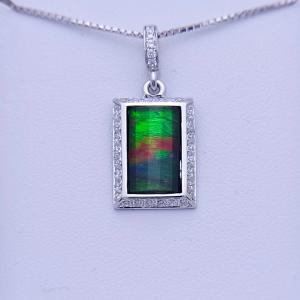 アンモライト シルバー ペンダント トップ 宝石 ジュエリー 長方形型 Aグレード AURORA p1196|ammolite-museum