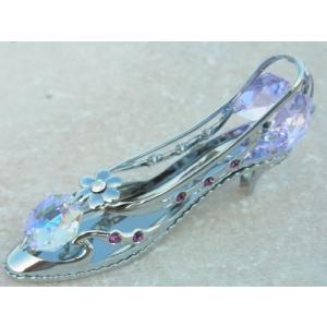 シンデレラの靴の置物は、御自身の宝物 誕生日プレゼントとして。 スワロフスキー クリスタルが華やかに...