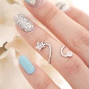 指輪 レディース/星スター ミディリング セレブファッション チップリング|angela-web