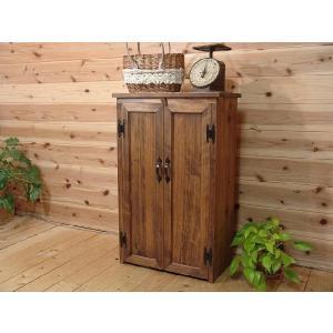 アンティークブラウン ひのきの扉の木製キャビネット 受注製作 angelsdust