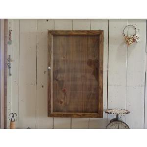 アンティークブラウン 透明ガラスの壁掛けコレクションケース ロングタイプ 受注製作|angelsdust