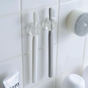 きれいに暮らすシリーズの歯ブラシホルダーは、歯ブラシスタンドとしてもフックとしても使える2WAY仕様...