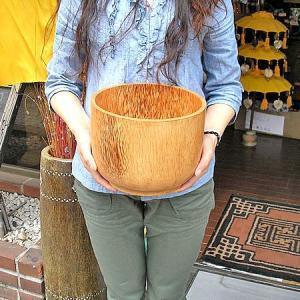 アジアン雑貨 バリ雑貨 ココナッツの花びん 壷 [口径約22.5cmxH17cm]|angkasa