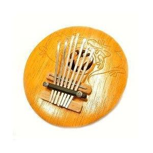 アジアの楽器 ココナッツ カリンバ 木彫り トカゲ模様 ナチュラル 直径15cm アジアン バリ タイ 雑貨 椰子の実 マリンバ 民族 演奏|angkasa