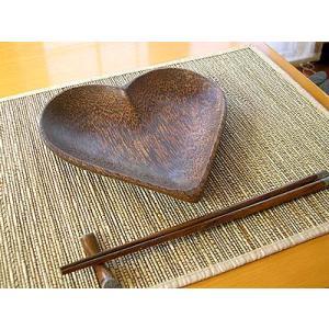 ココナッツのお皿 ハート Lサイズ 20cmx20cm アジアン雑貨 バリ雑貨 エスニック おしゃれなお皿 丸皿 angkasa